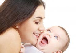 Нужно ли разговаривать с только что родившимся младенцем?